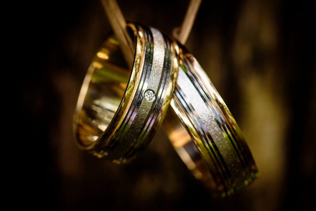 憧れのハリー・ウィンストン!結婚指輪の値段は?値引きして安くできる?